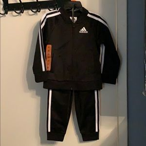NWT *2T - Adidas Tracksuit. 2 pieces: jacket+pants